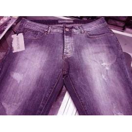 Jeans uomo Angel Devil in cotone elasticizzato con rotture frontali